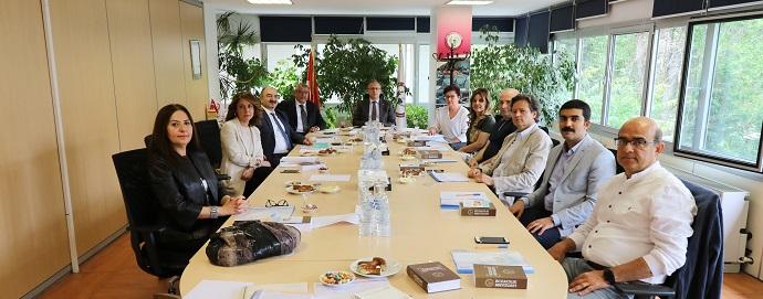 <h1>Deontoloji ve Etik Komisyonu İlk Toplantısı</h1>