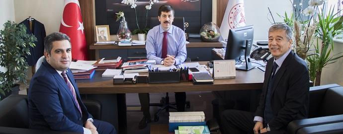 <h1>Prof.Dr.Ahmet Tekin'i Ziyaret</h1>