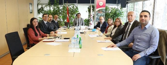 <h1>Kamu Eczacıları Komisyonu Toplantısı Yapıldı</h1>