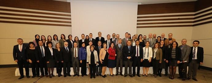 <h1>Eczacılık Eğitimi ve İstihdam İlişkisi Toplantısı </h1>