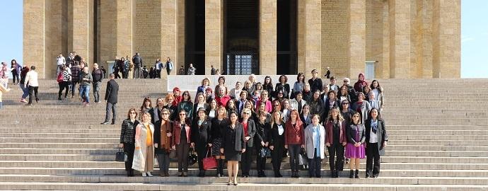 <h1>Kadın Eczacılar 8 Mart'ta Bir Araya Geldi</h1>