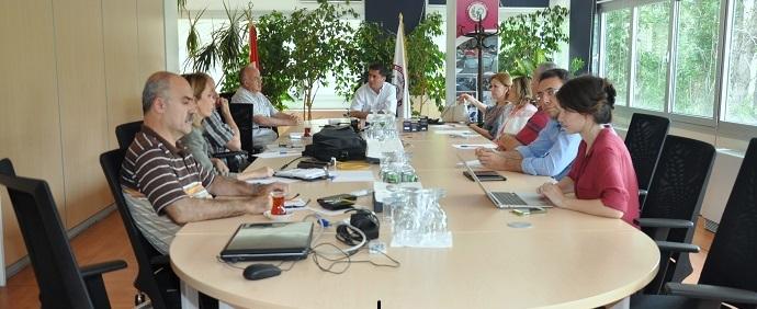 <h1>Bitkisel Drog Üretimi Komisyonu Toplantısı</h1>